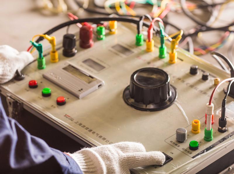 油浸式变压器_电气安全无损探伤