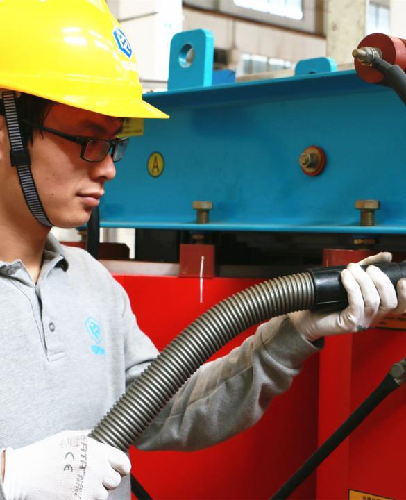 干式变压器_电气安全维保检修